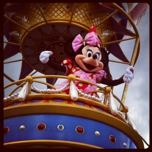 Minne Mouse in the Festival of Fantasy Parade