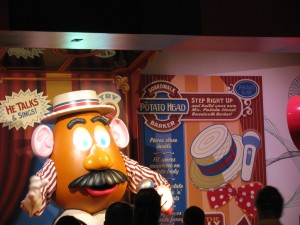 Toy Story Midway Mania Queue Mr. Potato Head