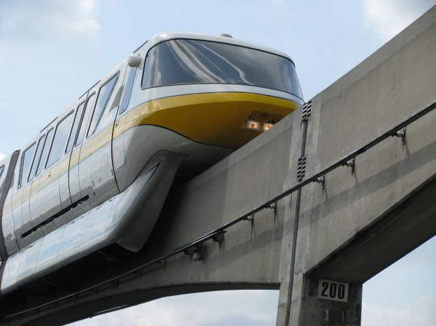 Yellow Monorail / Walt Disney World