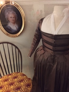 RM-Hall-of-Presidents-Dress