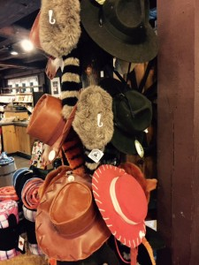 RM-Fort-Wilderness-Hat-Shopping