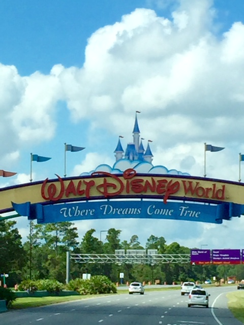 WDW-Sign-From-Magical-Express