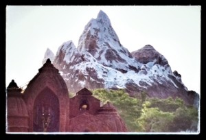 RM-Expedition-Everest-Approach
