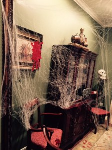 RM-Halloween-Decorations-Dining-Room
