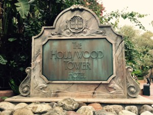 RM-Hollywood-Tower-Hotel-Sign