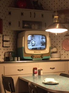 50's-Prime-Time-Dining-Room