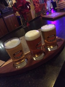 Trader-Sam's-Kona-Beer-Flight